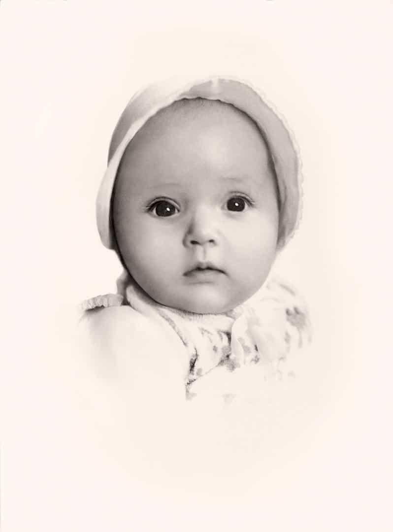 Restauriertes Baby Portrait