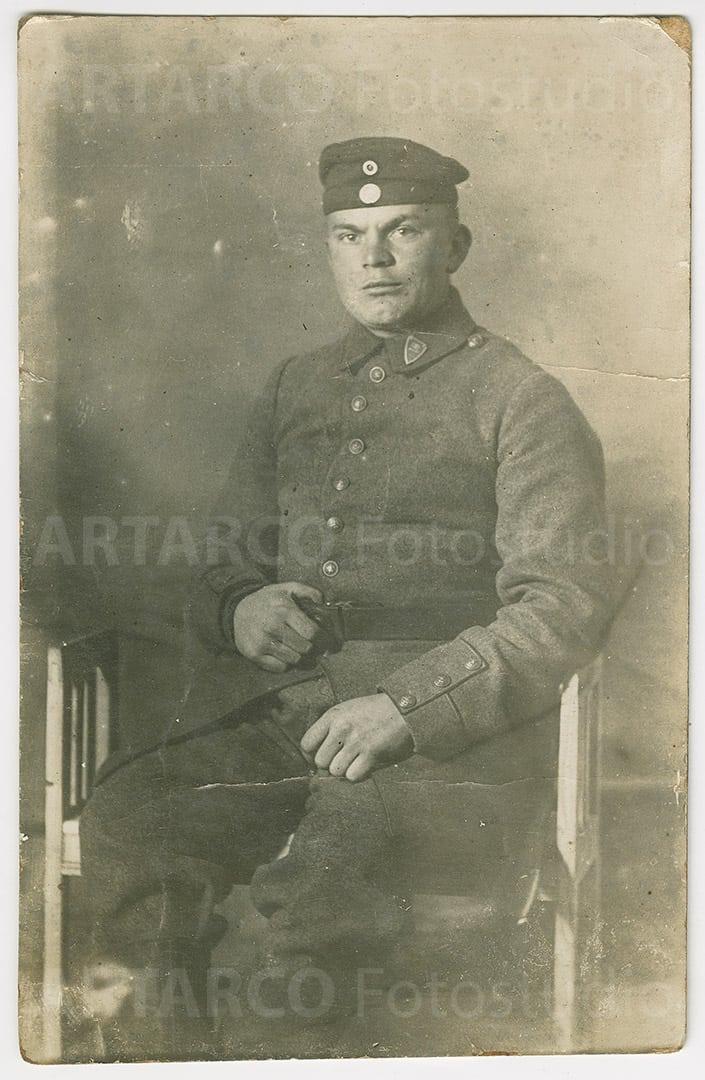 Fotorestauration von Soldatenfoto